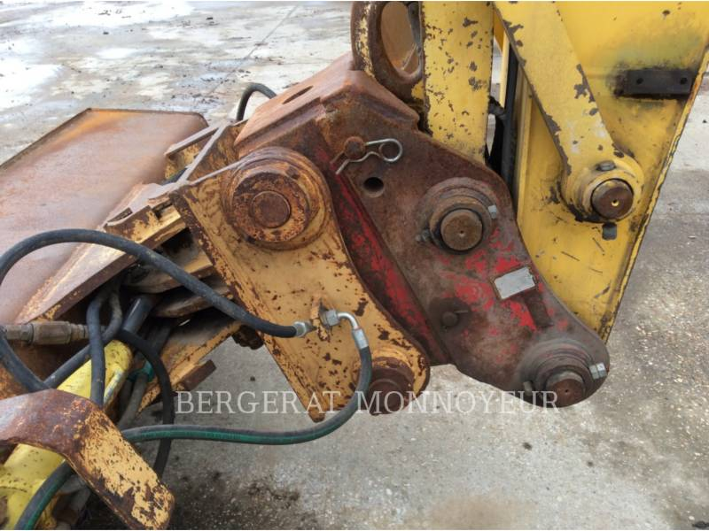 FORD / NEW HOLLAND TRACK EXCAVATORS E215 equipment  photo 11