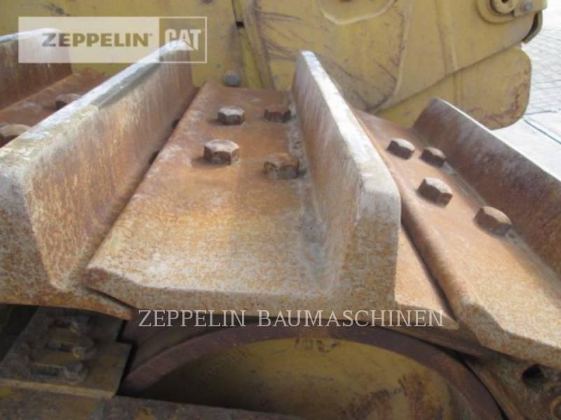 CATERPILLAR TRACTEURS SUR CHAINES D8R equipment  photo 12