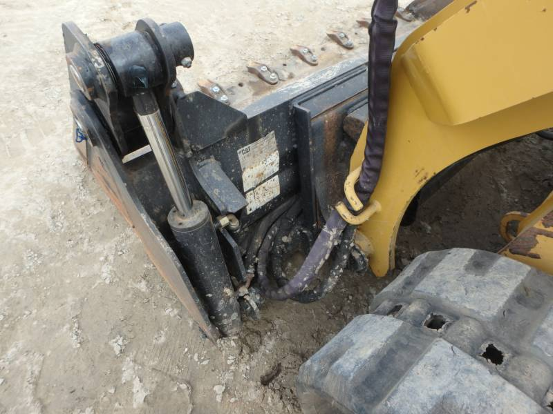 CATERPILLAR PALE CINGOLATE MULTI TERRAIN 259D equipment  photo 18