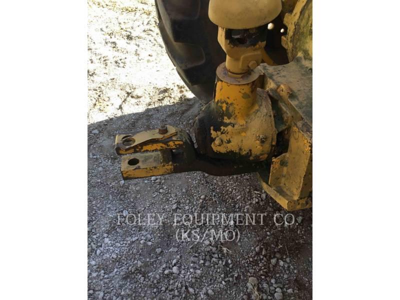 JOHN DEERE WHEEL TRACTOR SCRAPERS 760A equipment  photo 16