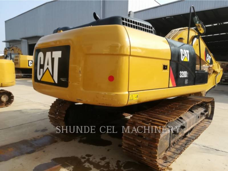 CATERPILLAR KETTEN-HYDRAULIKBAGGER 320D2GC equipment  photo 6