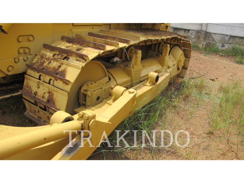 CATERPILLAR TRACK TYPE TRACTORS D7G equipment  photo 10