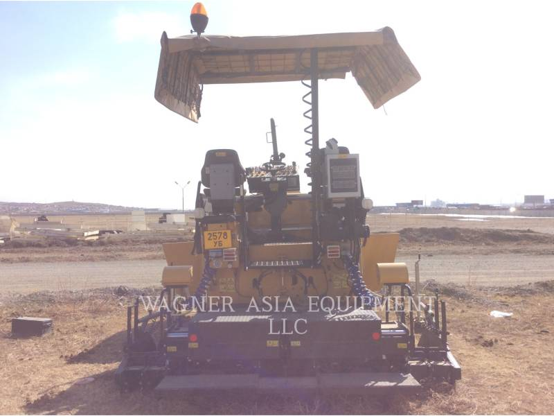 CATERPILLAR ASPHALT PAVERS AP-300 equipment  photo 8