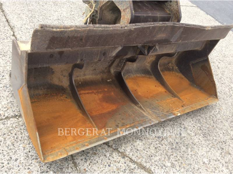 LIEBHERR PELLES SUR CHAINES R914C equipment  photo 12
