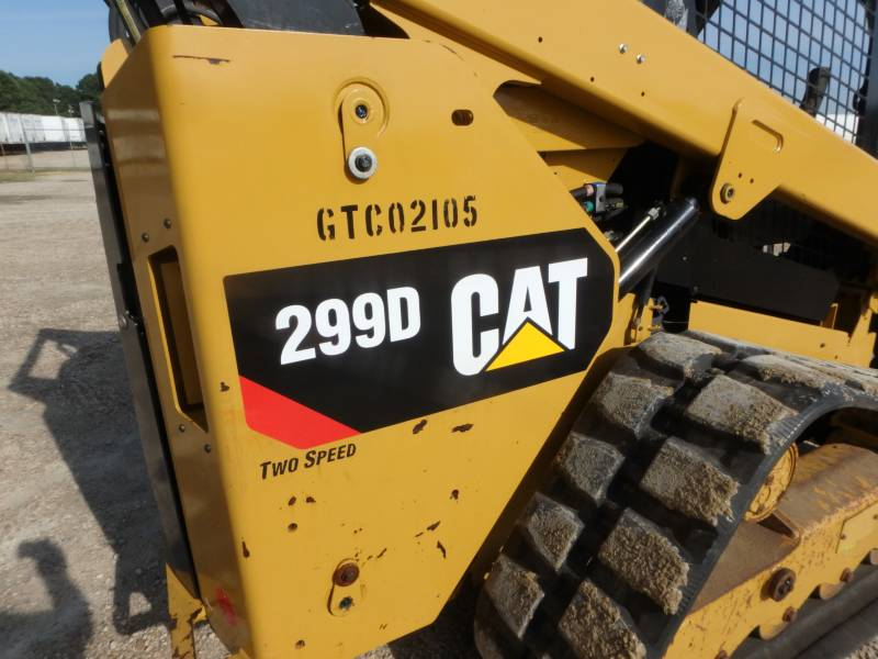 CATERPILLAR CHARGEURS TOUT TERRAIN 299D equipment  photo 14