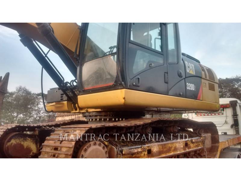CATERPILLAR TRACK EXCAVATORS 320 D equipment  photo 4