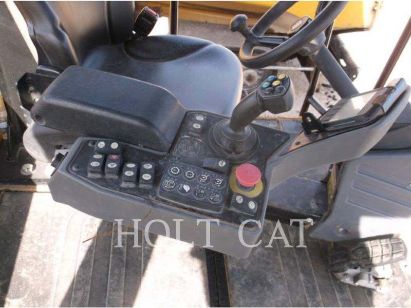 CATERPILLAR PNEUMATIC TIRED COMPACTORS CW34 equipment  photo 8