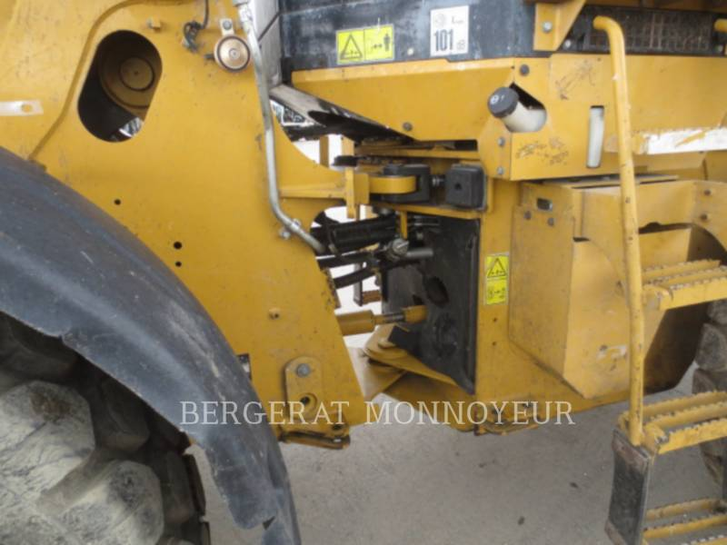 CATERPILLAR CARGADORES DE RUEDAS 930H equipment  photo 9