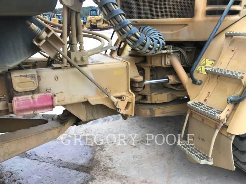 CATERPILLAR TOMBEREAUX ARTICULÉS 730 equipment  photo 13