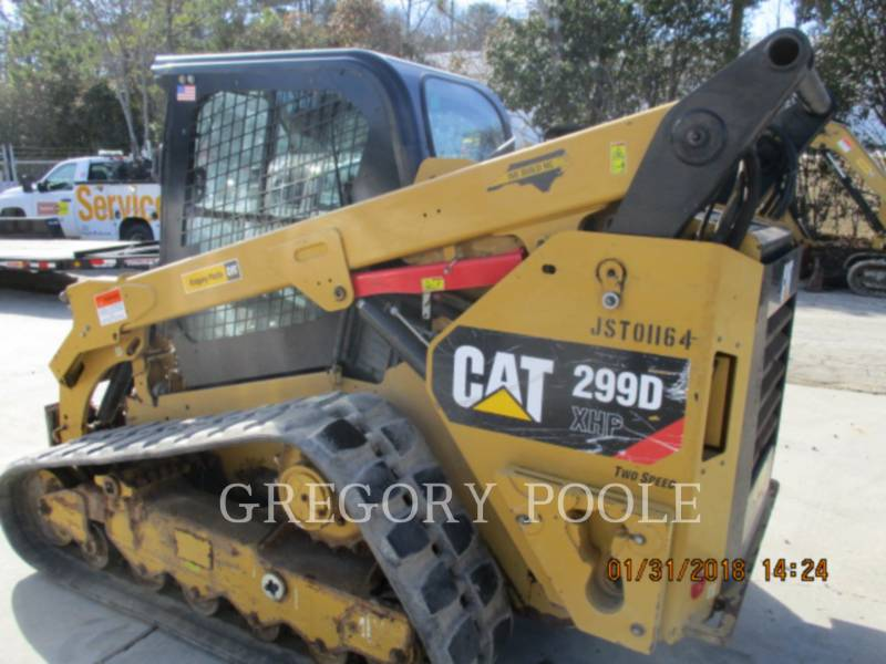 CATERPILLAR MULTI TERRAIN LOADERS 299D XHP equipment  photo 12