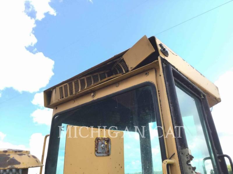 JOHN DEERE WIELLADERS/GEÏNTEGREERDE GEREEDSCHAPSDRAGERS 544C equipment  photo 15