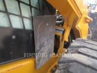 CATERPILLAR SKID STEER LOADERS 272D equipment  photo 11
