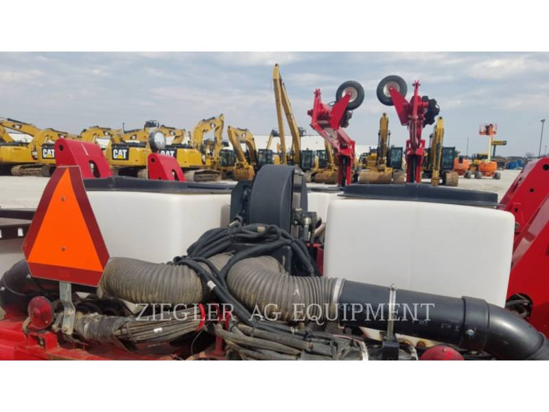 AGCO-CHALLENGER PLANTING EQUIPMENT 9186 equipment  photo 8