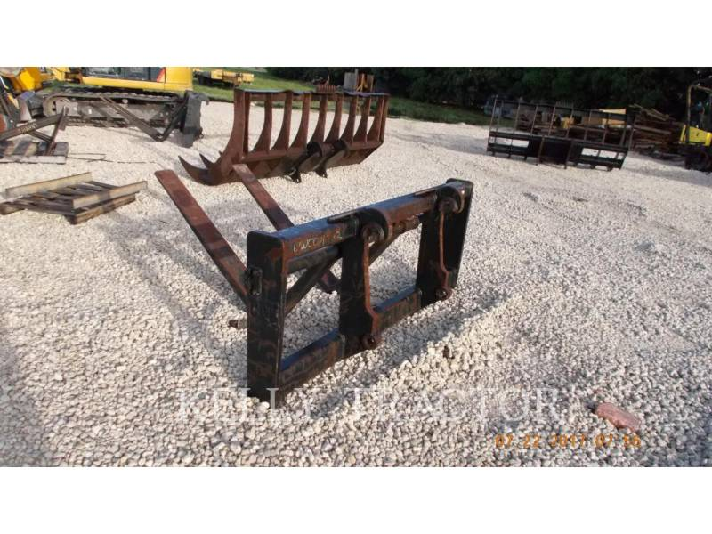 CATERPILLAR  RAKE IT38G FORKS equipment  photo 2