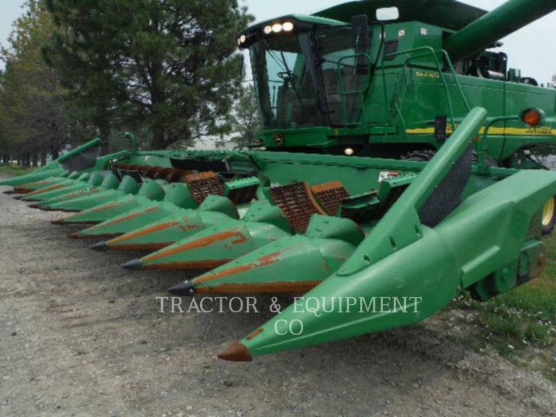 JOHN DEERE COMBINADOS 9760 equipment  photo 12