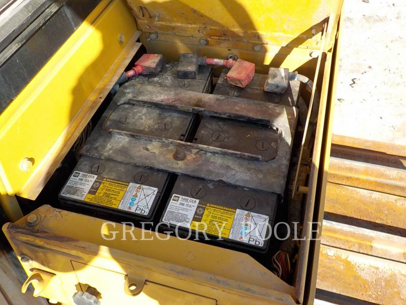 CATERPILLAR TRATORES DE ESTEIRAS D6T LGP equipment  photo 16