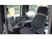 CATERPILLAR TRACTEURS SUR CHAINES D10T equipment  photo 11
