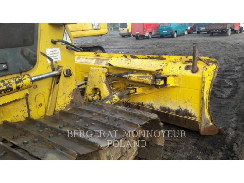 KOMATSU TRACTORES AGRÍCOLAS D61P X15 equipment  photo 3