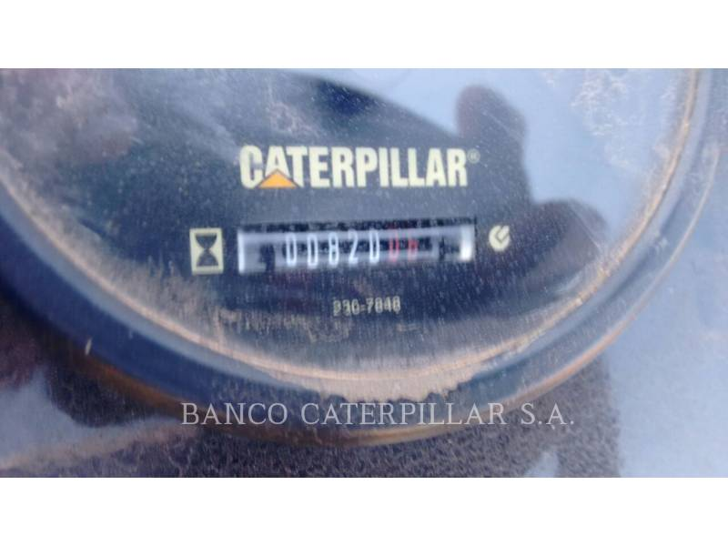 CATERPILLAR VIBRATORY DOUBLE DRUM ASPHALT CB22 equipment  photo 6