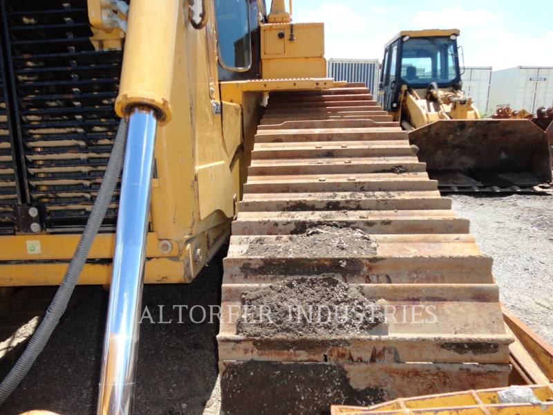 CATERPILLAR TRACK TYPE TRACTORS D6T LGPARO equipment  photo 11