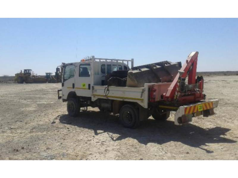 ISUZU CAMIOANE PENTRU TEREN DIFICIL 300 WITH F38 FASSI CRANE equipment  photo 7