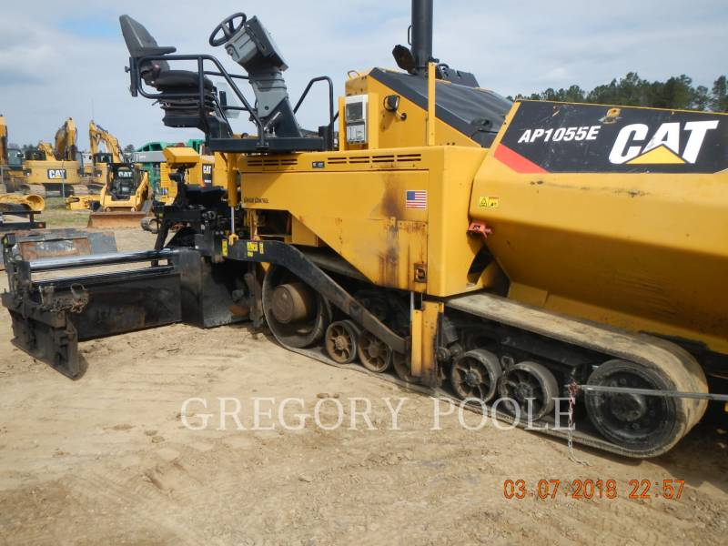 CATERPILLAR FINISSEURS AP-1055E equipment  photo 1