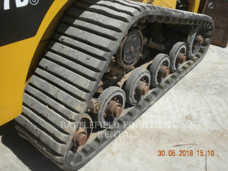 CATERPILLAR UNIWERSALNE ŁADOWARKI 257B3 equipment  photo 9