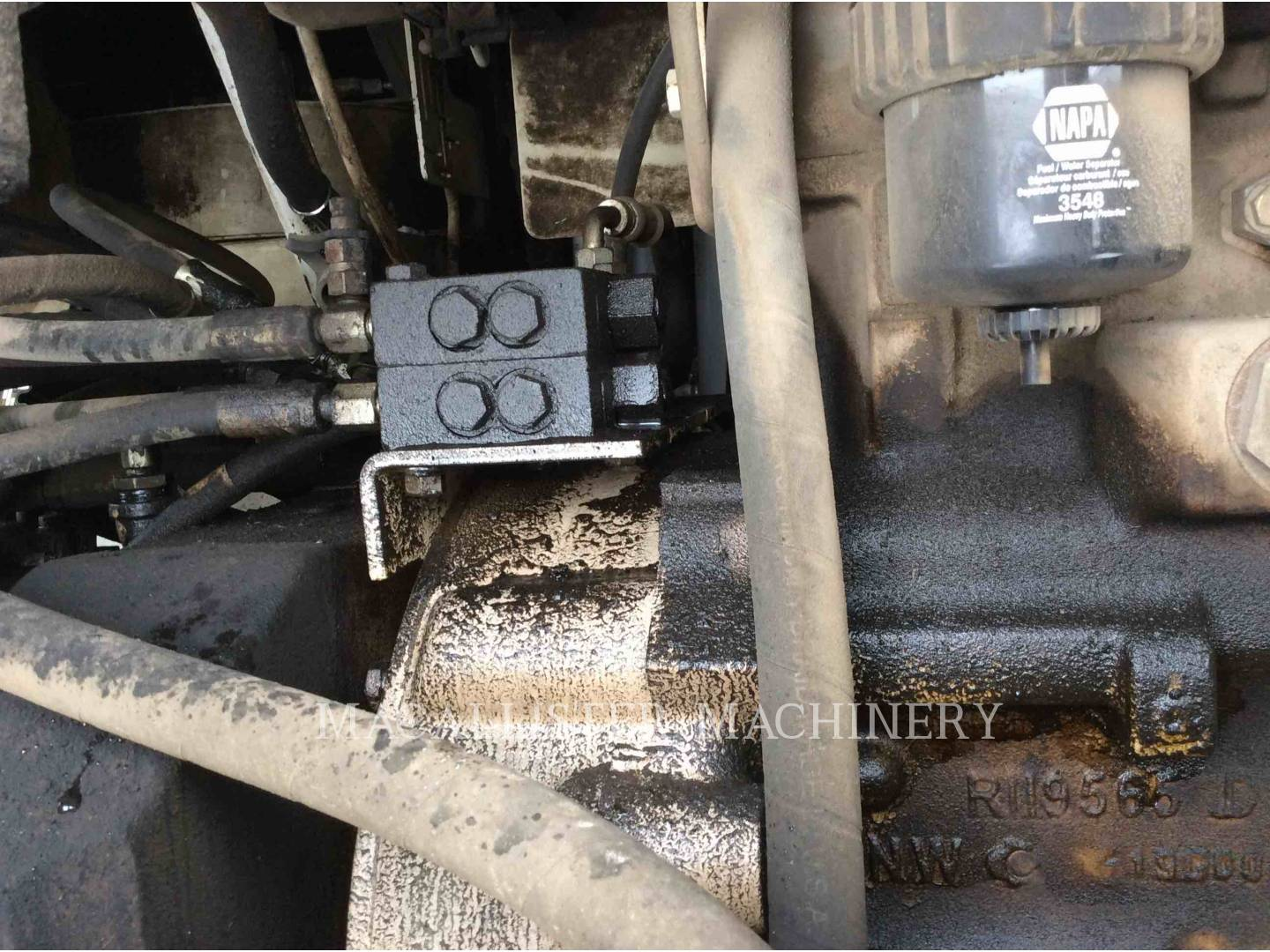 Detail photo of 2000 Roadtec RP180-10 from Construction Equipment Guide