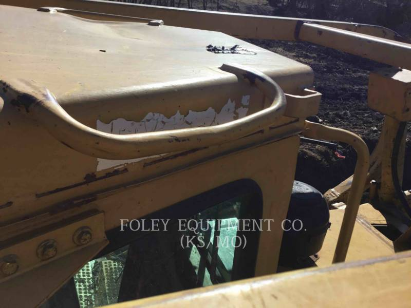 CATERPILLAR KETTENDOZER D6HIIXR equipment  photo 13