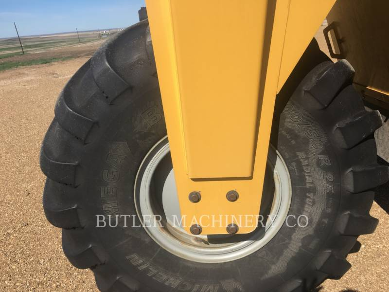 TERRA-GATOR PULVERIZADOR TG8303 equipment  photo 13