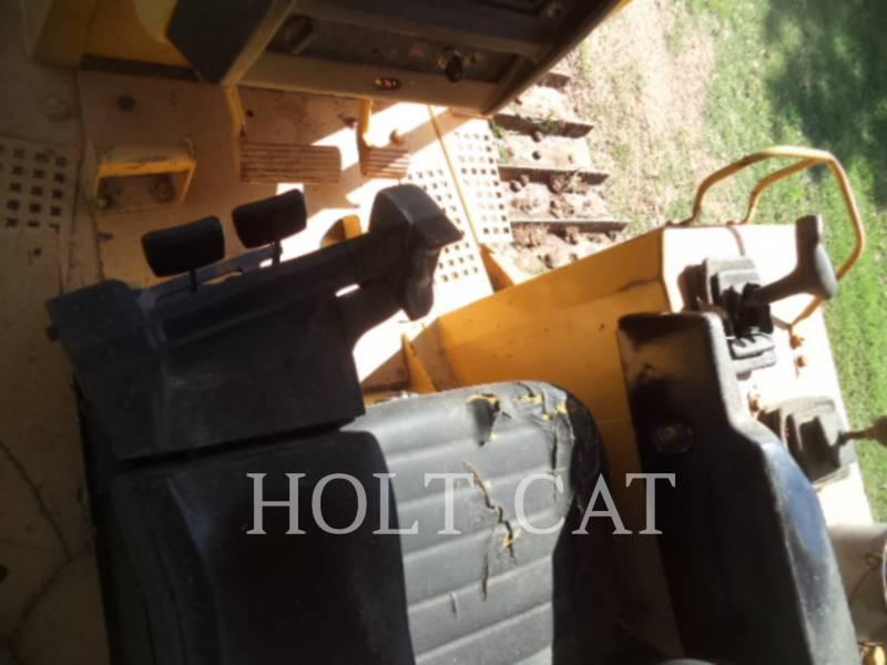 CATERPILLAR TRACK TYPE TRACTORS D5MXL equipment  photo 7