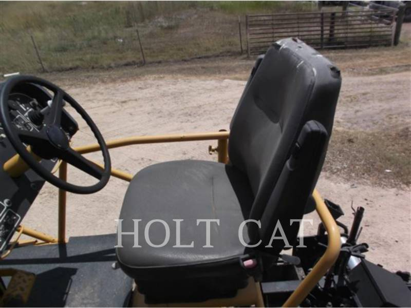 CATERPILLAR SCHWARZDECKENFERTIGER AP-1055D equipment  photo 22