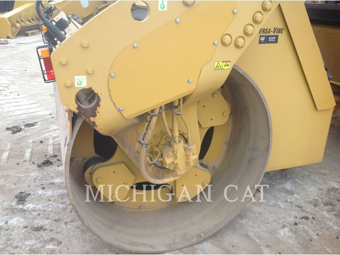 Detail photo of 2011 Caterpillar CB64 from Construction Equipment Guide