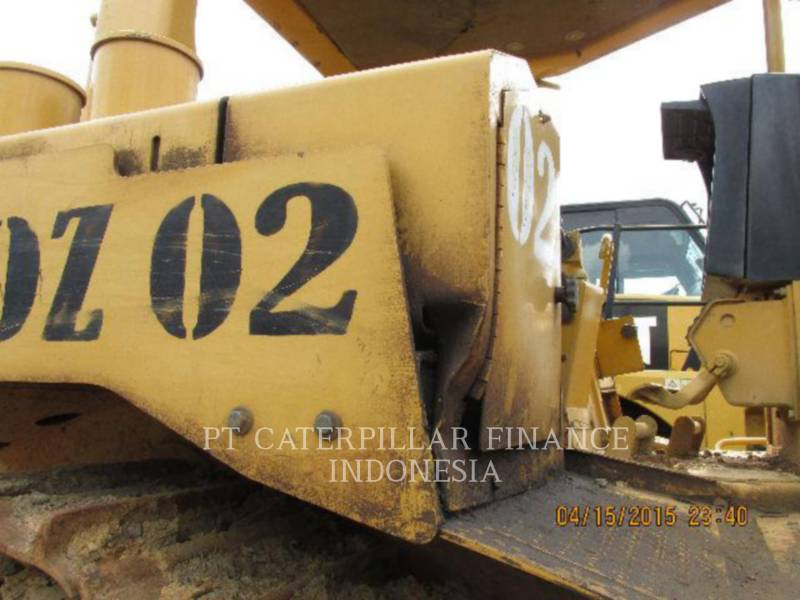 CATERPILLAR TRACK TYPE TRACTORS D6R equipment  photo 13