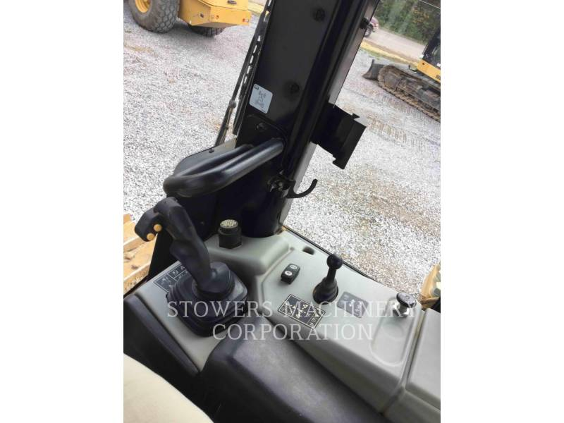 CATERPILLAR TRACTEURS SUR CHAINES D6N XL SU equipment  photo 17