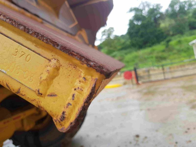 CATERPILLAR ARTICULATED TRUCKS 740EJ equipment  photo 16