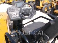 CATERPILLAR ASFALTATRICI AP655F equipment  photo 7