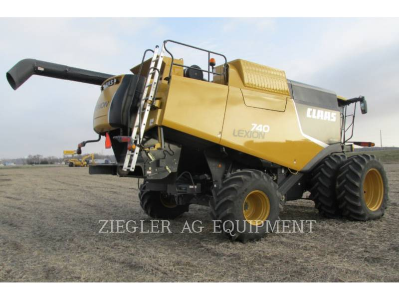 LEXION COMBINE COMBINADOS 740 equipment  photo 8