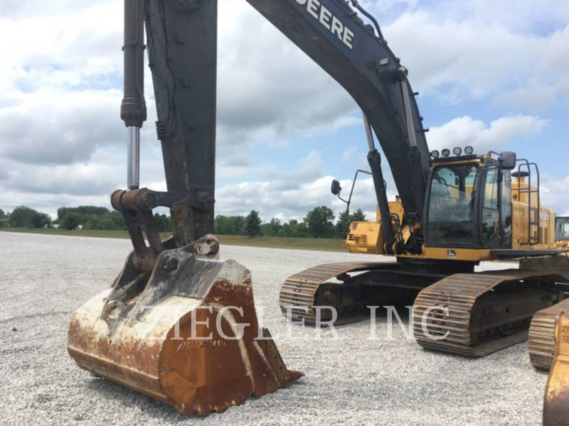 DEERE & CO. EXCAVADORAS DE CADENAS 450D equipment  photo 1