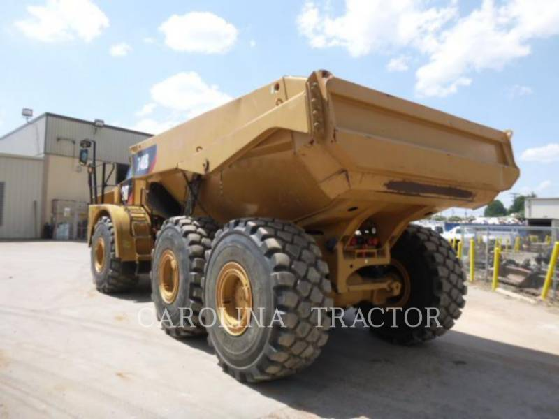 CATERPILLAR CAMINHÕES ARTICULADOS 740B equipment  photo 2
