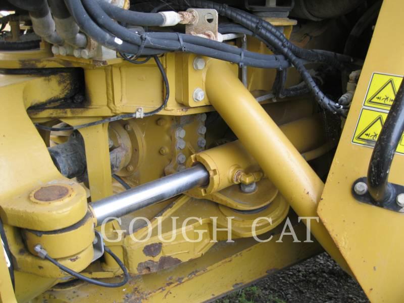 CATERPILLAR KNICKGELENKTE MULDENKIPPER 730 equipment  photo 8
