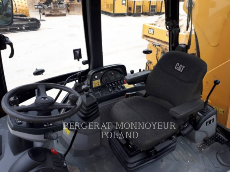 CATERPILLAR CHARGEUSES-PELLETEUSES 428F equipment  photo 12