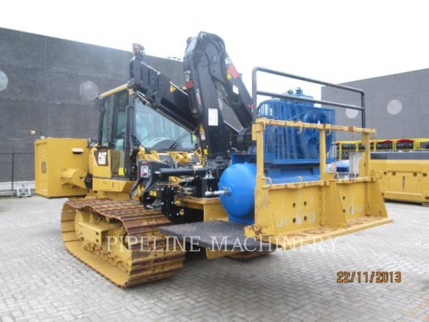 Detail photo of 2009 Caterpillar 953D from Construction Equipment Guide