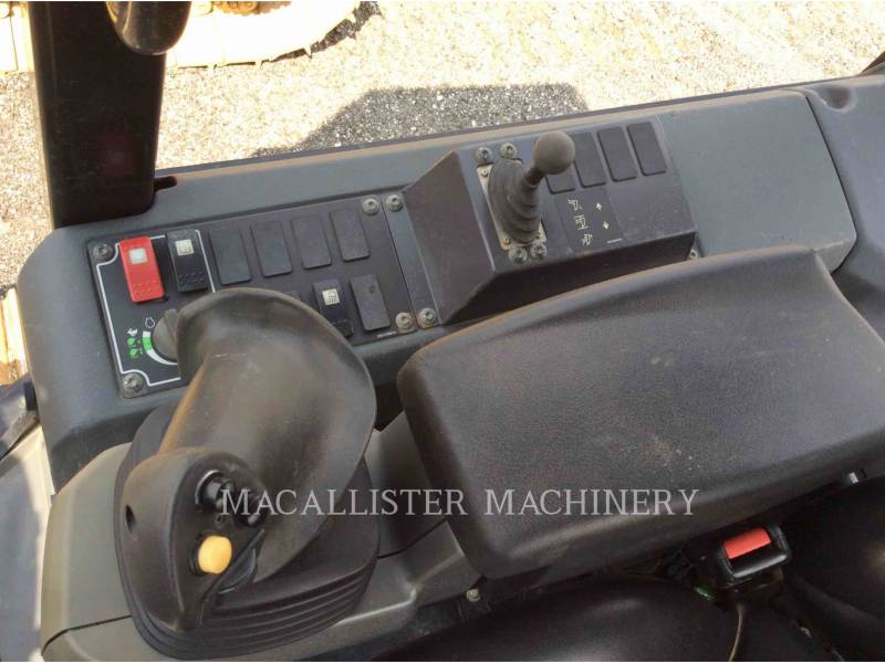 CATERPILLAR TRACTEURS SUR CHAINES D5K2 equipment  photo 14