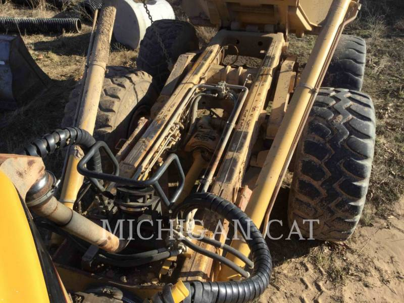 CATERPILLAR CAMIONES ARTICULADOS 735 T equipment  photo 11