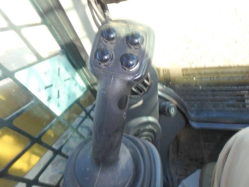 Caterpillar MINIÎNCĂRCĂTOARE RIGIDE MULTIFUNCŢIONALE 246D equipment  photo 12