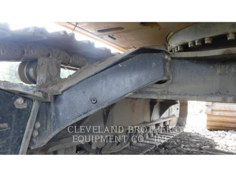 CATERPILLAR EXCAVADORAS DE CADENAS 374FL equipment  photo 9