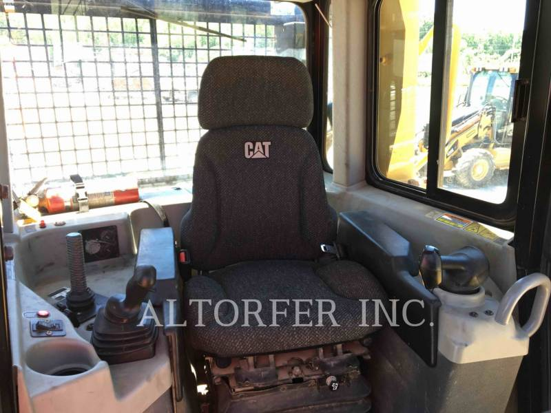 CATERPILLAR TRACTORES DE CADENAS D6T XW equipment  photo 9