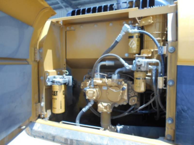 CATERPILLAR EXCAVADORAS DE CADENAS 320DL equipment  photo 16