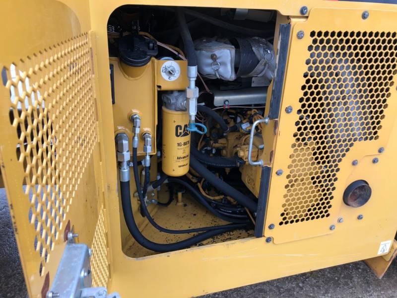 CATERPILLAR VIBRATORY DOUBLE DRUM ASPHALT CB54B equipment  photo 18